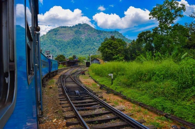 2016 Travel Highlights: Sri Lanka train