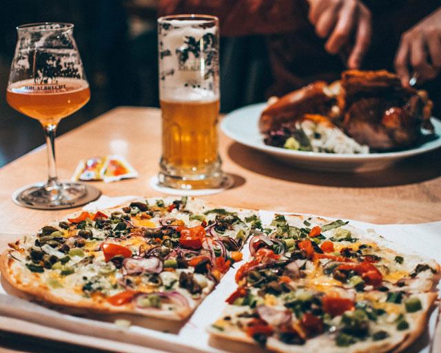 Would Be Traveller Vegetarian food in Hamburg Brauhaus Joh Albrecht