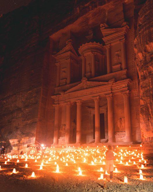 Would Be Traveller 1 week in Jordan Petra by Night