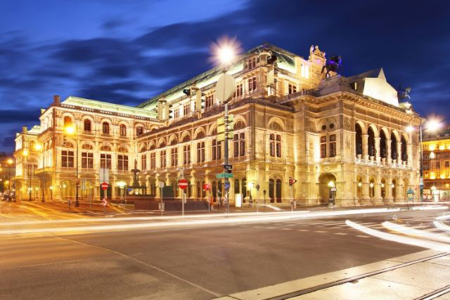 Staatsoper, Opera House in Vienna, at night